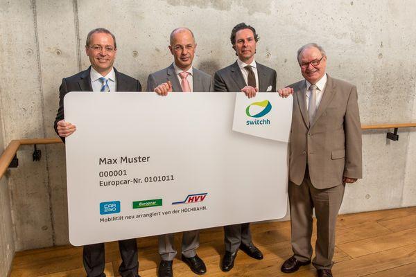 car2go präsentiert mit Partnern das Pilotprojekt switchh in Hamburg