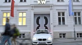 DriveNow ist Carsharing-Partner der Biennale